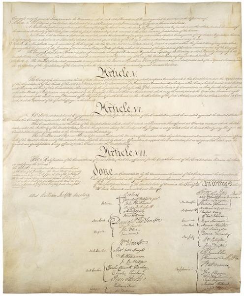 constitution-62947_640